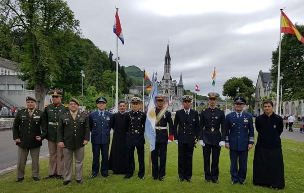 La Escuela de Aviación Militar participó de la 59ª Peregrinación Militar Internacional a Nuestra Señora de Lourdes
