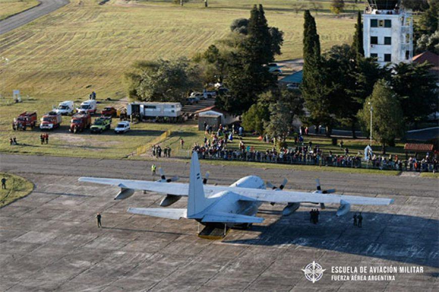 La Escuela de Aviación Militar brilló en la Jornada de Puertas Abiertas