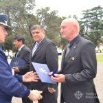 Entrega de diploma al S.M. VGM (R) PALMERO