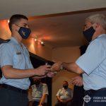 Brig. ISAAC entrega premio a Oficial egresado del CBCAM.
